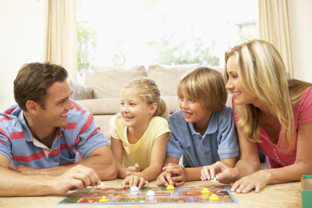 bigstock-Family-Playing-Board-Game-At-H-13912301-1024x683