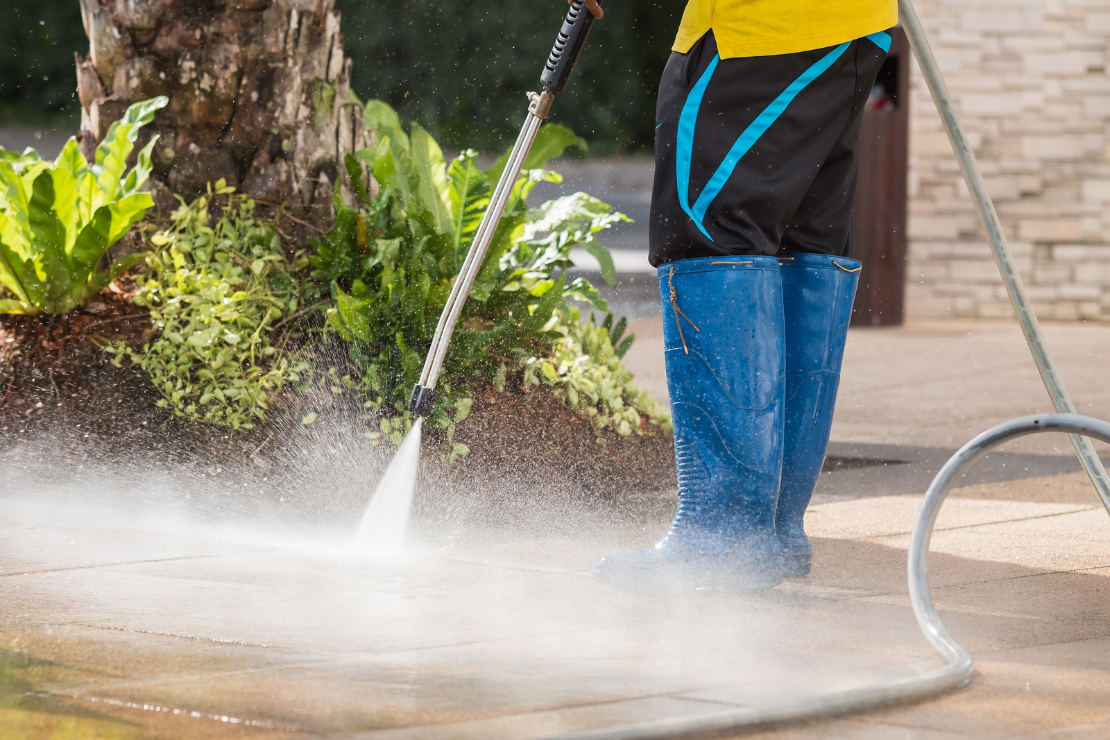Professional Power Washing Services - Why it's not a DIY Project
